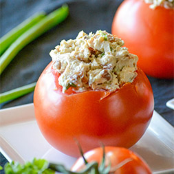 Chicken-Bacon-Ranch-Stuffed-Tomatoes-4